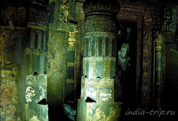 Росписи и колонны