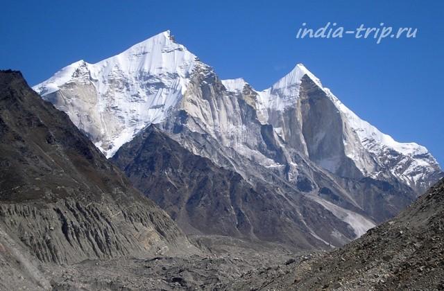 Вершины Багирати
