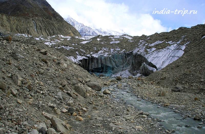 Ледовая пещера Гомук - исток Ганги
