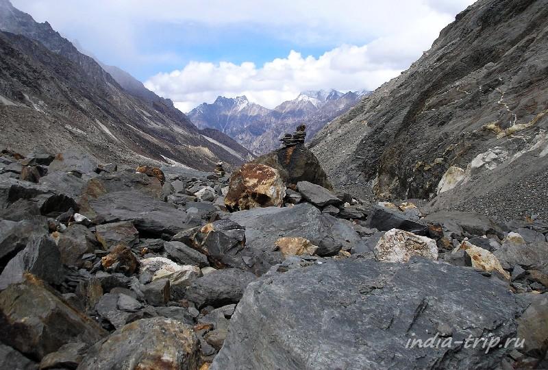Камни в Гималаях