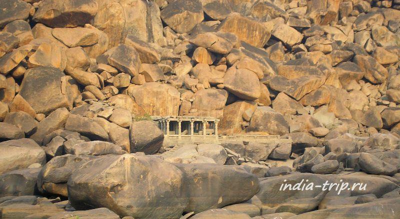 Каменный хаос Хампи