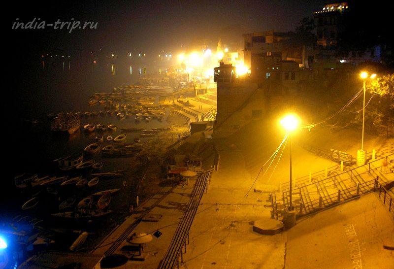 Ночной Варанаси