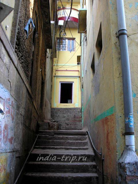 Узкие улочки Варанаси