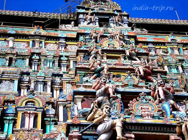 Гопура - башня храма Шивы-Натараджи в Чидамбараме
