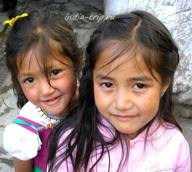 Ладакхские девочки