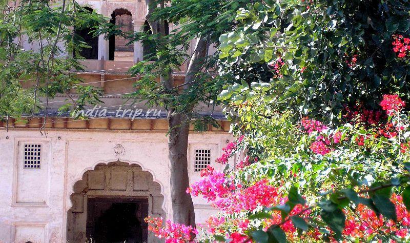 Орчха - дворцы махараджей