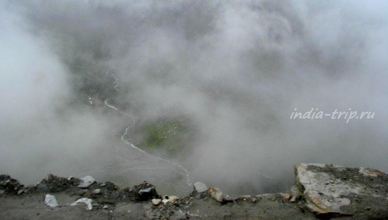 Облака накрыли перевал Ротанг
