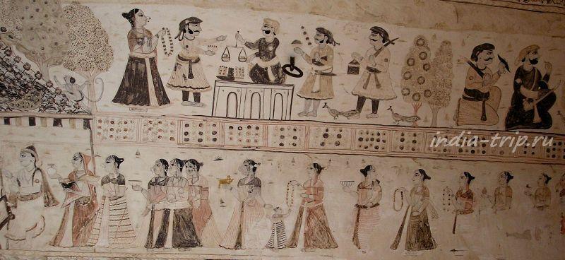 Фрески на стенах храма Лакшми Нараян