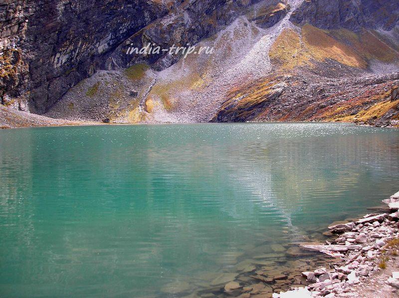 Озеро Хемкунд Сахиб