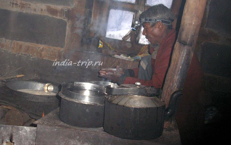 Ташвир готовит ужин
