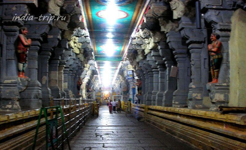 Третий коридор храма Раманатхасвами (Рамалингешвара)