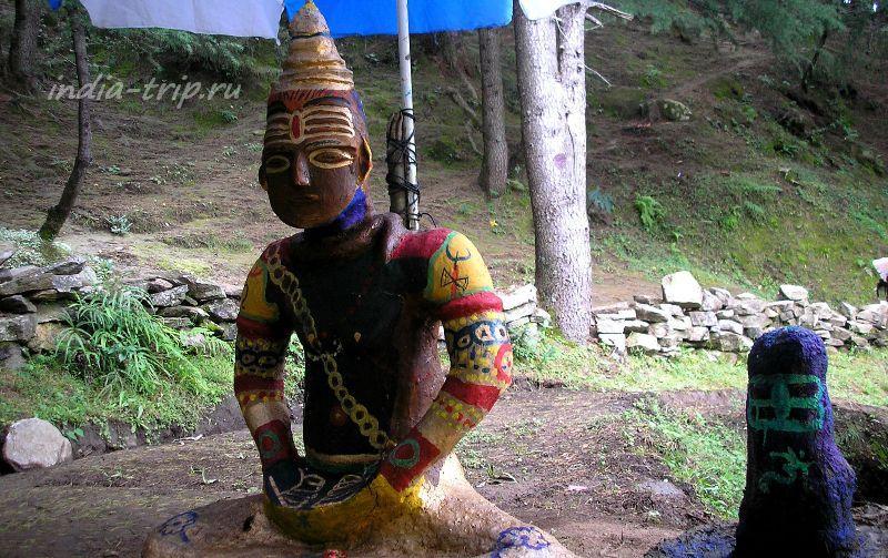 Глиняная скульптура Шивы
