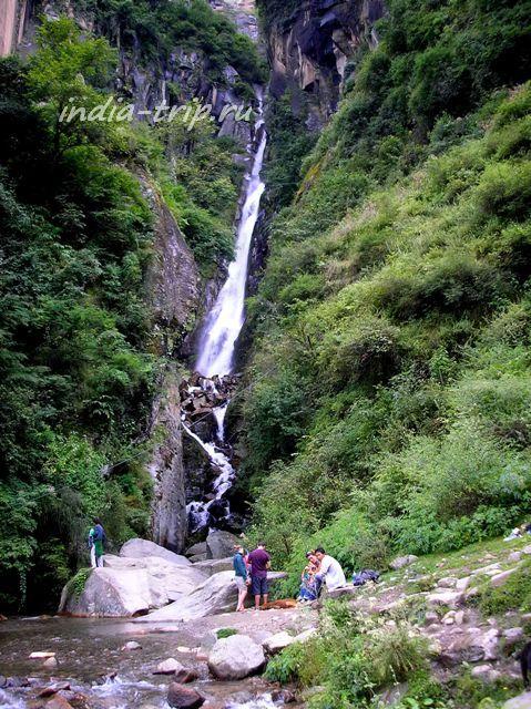 Первая (нижняя) ступень водопада Йогини