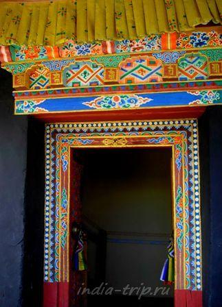 Дверь королевского дворца