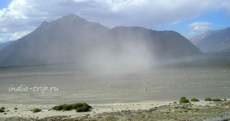 Песчаная буря в долине Нубра