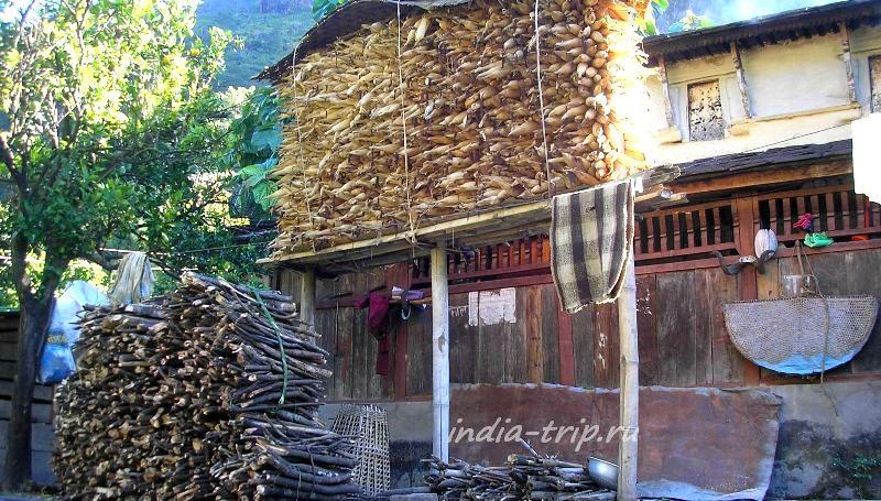 Селение Герму в Непале