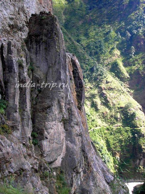 Вертикальная скала