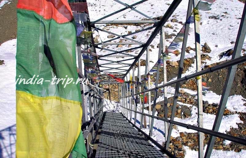 Непал, мостик