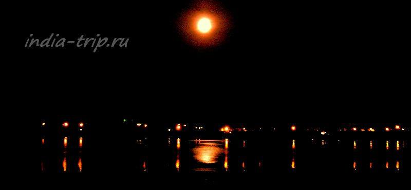 Волга. Огни на воде