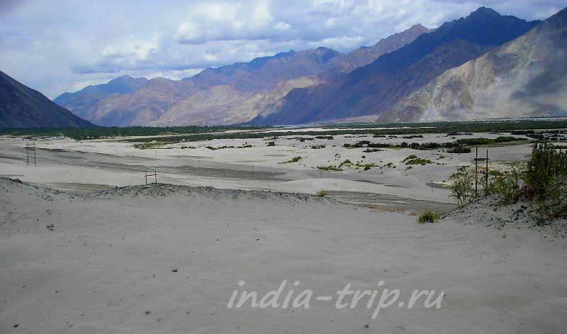 Песчаные дюны на пути в Хундер