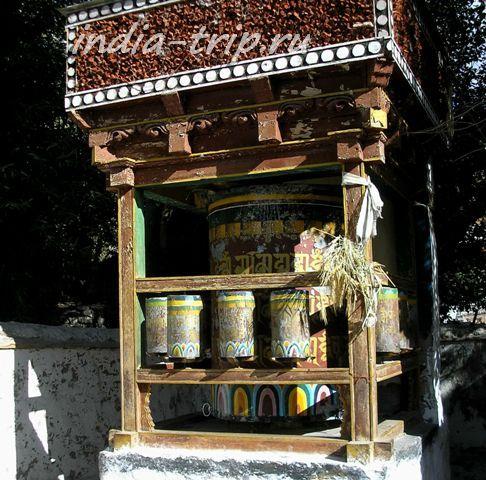 Древний молитвенный барабан в старом Диските