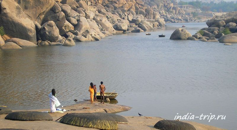 Река Тунгабхадра в Хампи