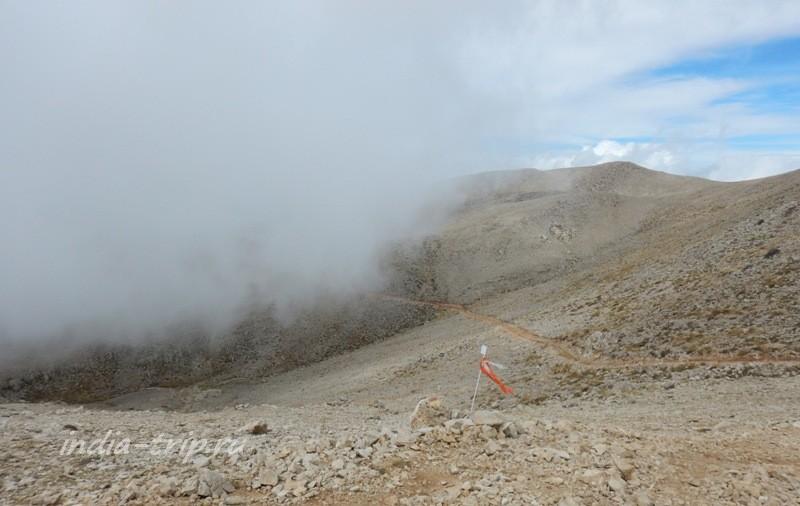 Тропа с Тахталы и облака
