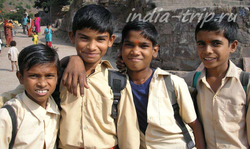Индия, мальчишки